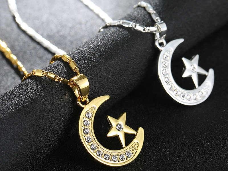 Полумесяц со звездой – значение символа, его роль в мире моды