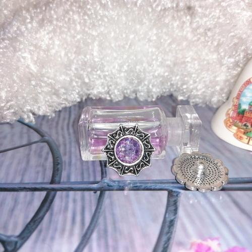 Кнопка с сиреневым кристаллом